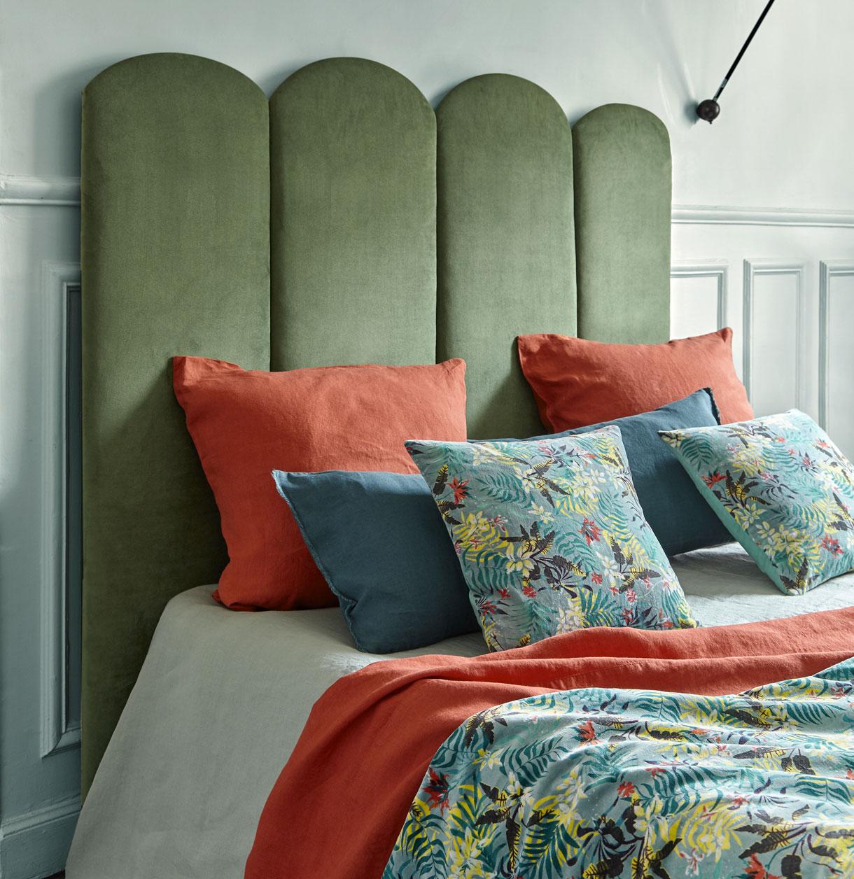 Pourquoi choisir une tête de lit en velours ?